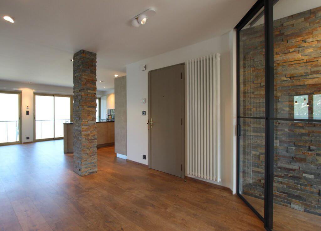 Ancien appartement des années 70 transformé en loft à AIX LES BAINS